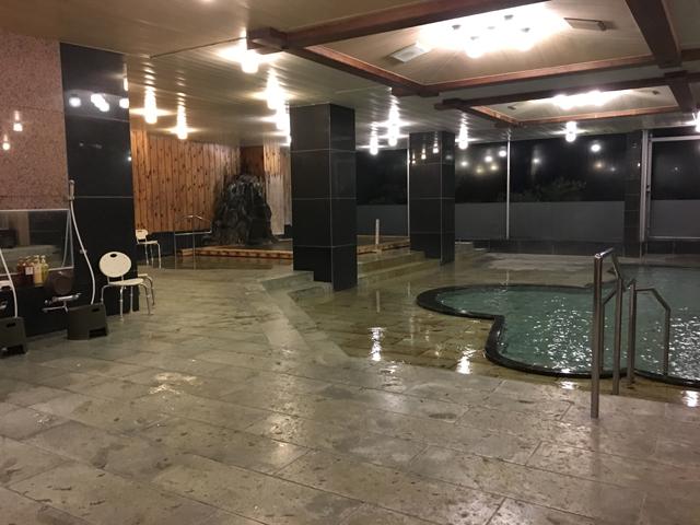 ハトヤの温泉大浴場