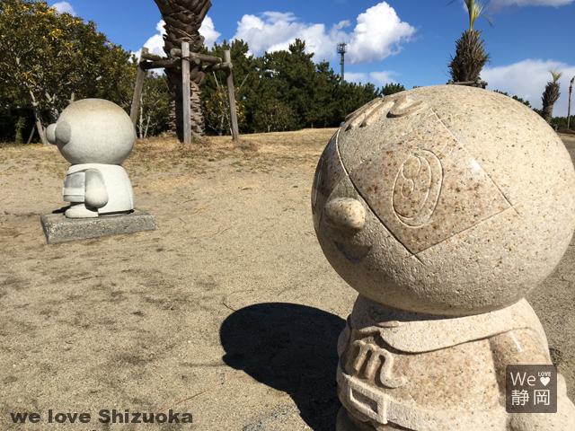 メロンパンナちゃんの石像