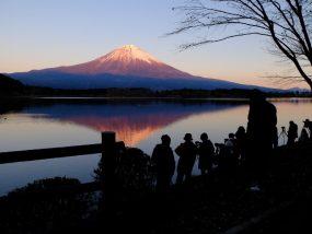 田貫湖と富士