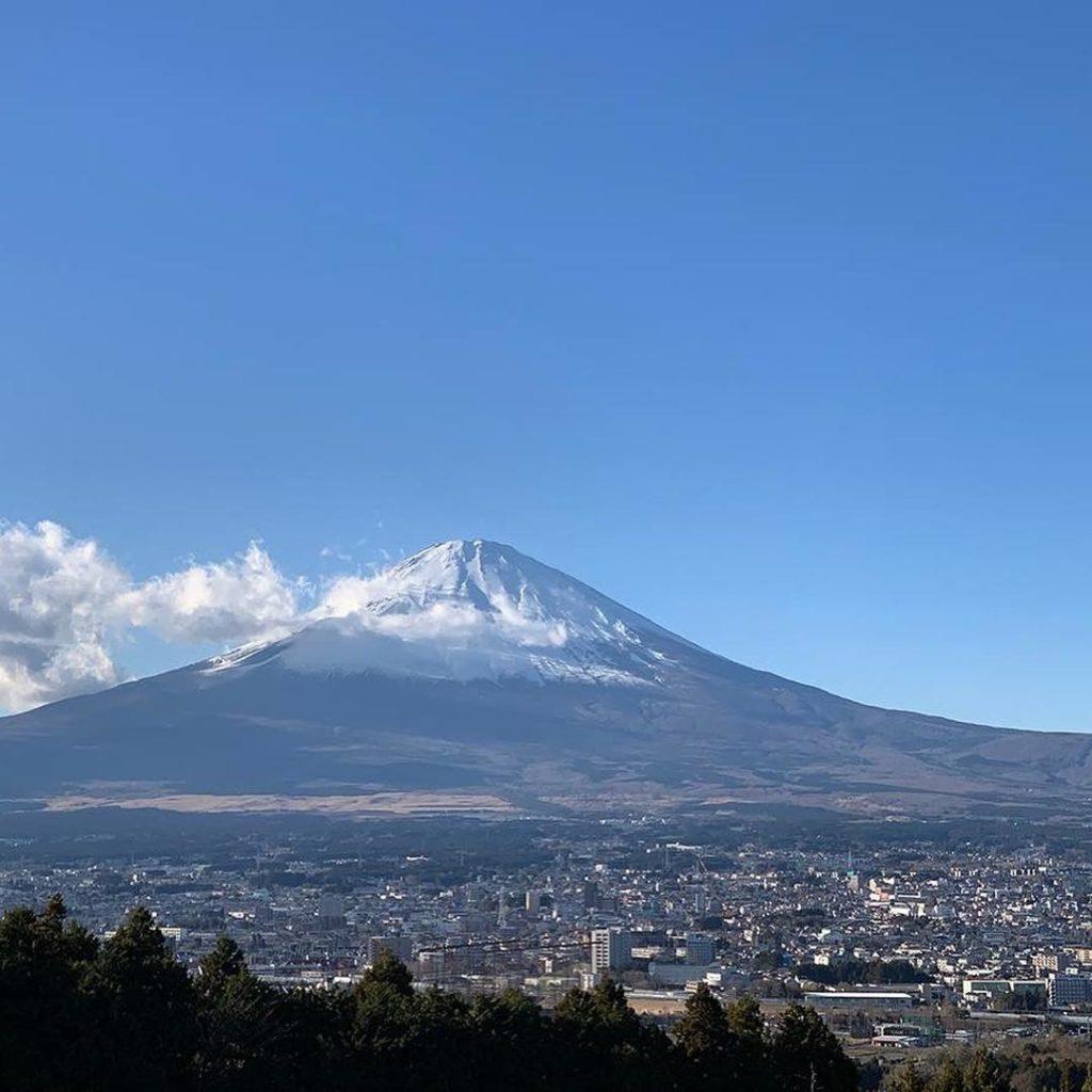 富士松展望台から 大きく広がる富士山
