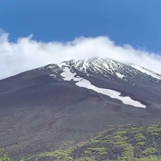 金運神社に向かう途中の富士山