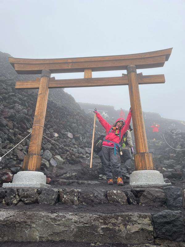富士登山:山頂に到着